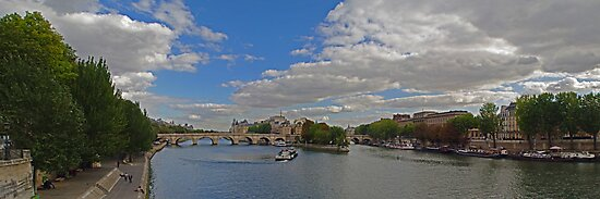 Seine River, from the Pont des Arts' looking east by Paul Gilbert