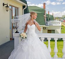 Bride On The Balcony by fotorobs