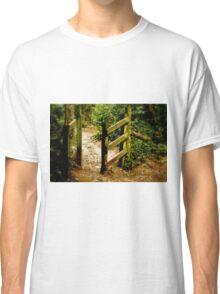 gate Classic T-Shirt