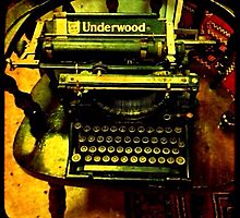 Underwood Typewriter by Maria Schlossberg