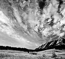 Sky Dreams At the Flatirons by nikongreg