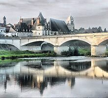 Château d'Amboise (3) The Bridge. by Larry Lingard/Davis