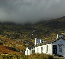 Coppermines Youth Hostel by Jamie  Green