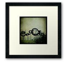 Poissons Bulle Framed Print
