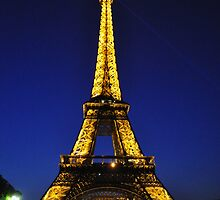 Eiffel Tower at Night by panuncia