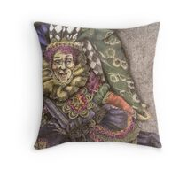 There ought to be clowns Throw Pillow