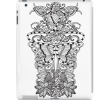 Black white butterfly tangle floral pattern iPad Case/Skin