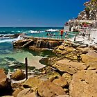 Bronte beach ocean pool by Liz Percival