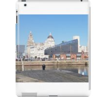 Iconic Liverpool 'Liver Building' iPad Case/Skin