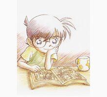 Detective Conan: Reading Comic Detective Conan Unisex T-Shirt
