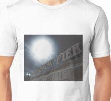 Brighton Pier sign with seagulls Unisex T-Shirt