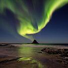 Northern lights over Bleik island by Frank Olsen