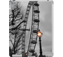 London Eye and street lamps iPad Case/Skin