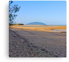 Beach at low tide Canvas Print
