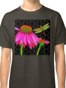 Flower Pop, floral Pop Art Echinacea, dragonfly Classic T-Shirt