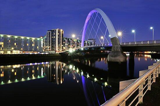 Glasgow, Squinty Bridge by TonyClerkson