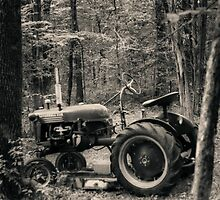 Tractor by WisePhoto
