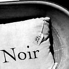 Noir by claireh
