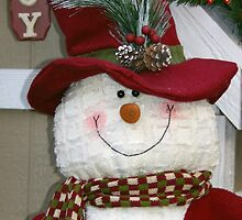 Red Hat Snowman by Mowny