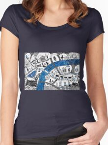 Along the river Thames Women's Fitted Scoop T-Shirt