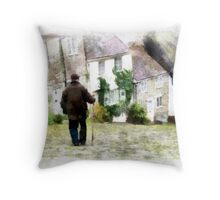 Gold Hill, Shaftesbury, Dorset Throw Pillow