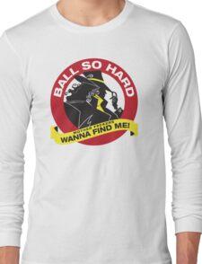 Carmen Sandiego - Everybody wanna find her Long Sleeve T-Shirt