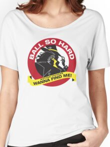 Carmen Sandiego - Everybody wanna find her Women's Relaxed Fit T-Shirt
