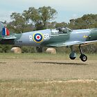 Spitfire (Scaled-down) @ Barossa Airshow 2011 by muz2142