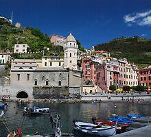 Vernazza, Cinque Terre by kieranmurphy