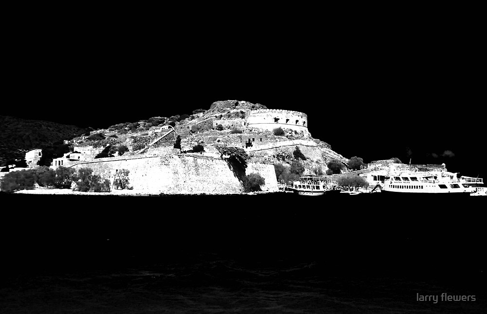 Spinalonga Island by larry flewers
