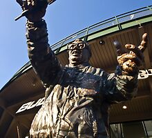 Harry Cary Sculpture by the bleachers entrance of Wrigley Field by Sven Brogren