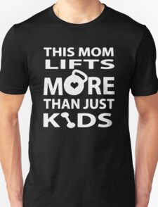 Fit Weight Lifting Mom T-Shirt