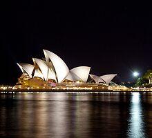 Sydney Opera House at night. by dcatalano