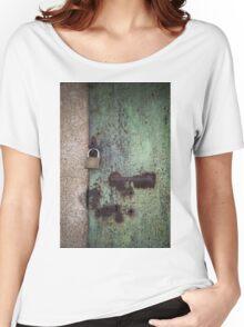 rusty door Women's Relaxed Fit T-Shirt