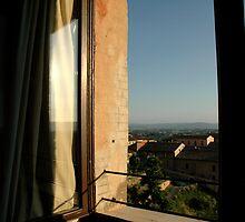 Siena  by Lindsey Van Nuil