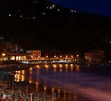 Levanto notte 2 by simia