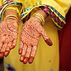 Mehendi in Udaipur by Valerie Rosen