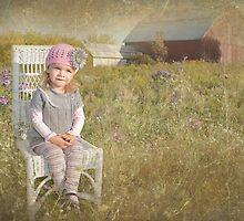 Sitting Pretty by Maria Dryfhout