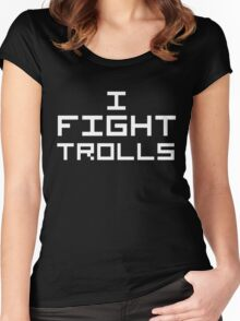 I Fight Trolls (Reversed Colours) Women's Fitted Scoop T-Shirt