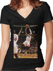 dwyane wade miami heat Women's Fitted V-Neck T-Shirt