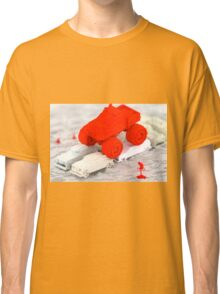 Brute Petite - Abstract render Classic T-Shirt