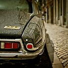Citroën DS 21 in Lisbon by Laurent Hunziker