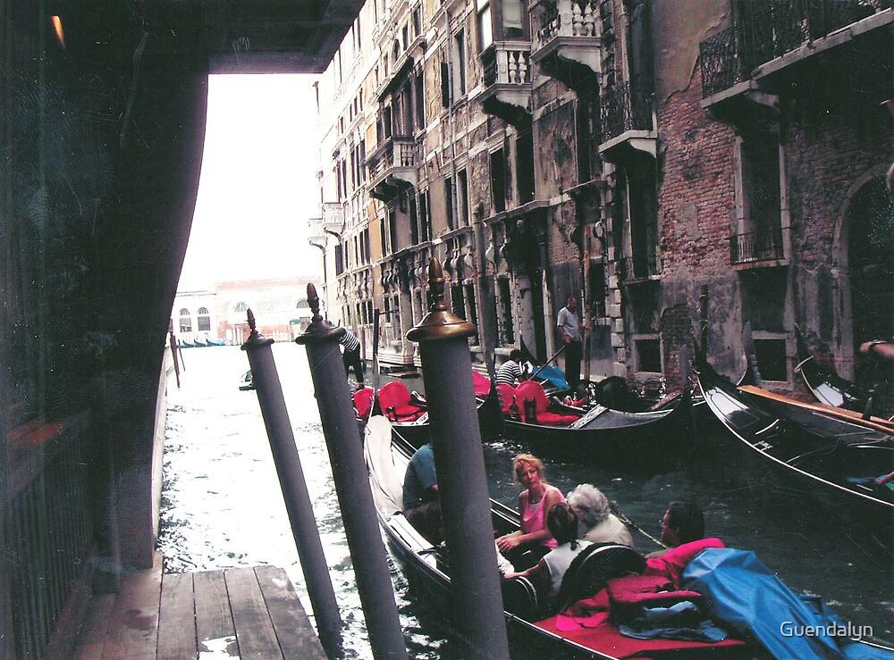 PARKING GONDOLAS EL BAUER- VENICE -ITALY- EUROPA- 2000 VISUALIZz. 2013  -  VETRINA RB EXPLORE 27 NOVEMBRE 2011 -       - by Guendalyn