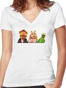 Muppets Women's Fitted V-Neck T-Shirt