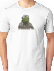 Blurred kermit reporter Unisex T-Shirt