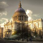St Paul's Cathedral by Rob Hawkins