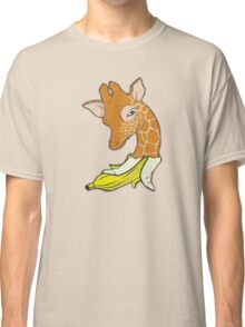 Giraffe banana Classic T-Shirt