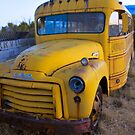 Old Bus by thruHislens .