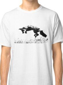 pouncing fox in the meadow Classic T-Shirt