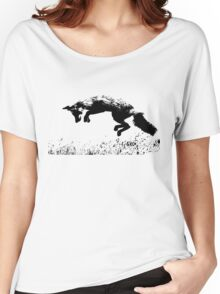 pouncing fox in the meadow Women's Relaxed Fit T-Shirt